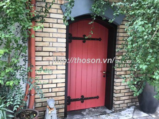 hướng dẫn cách tự sơn cửa gỗ